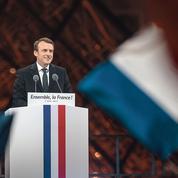 Deux ans après, Macron veut reprendre sa marche