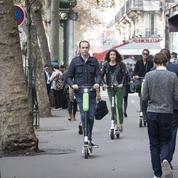 La mairie de Paris menace de suspendre les trottinettes électriques