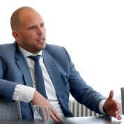 Theo Francken, le ministre flamand qui a rendu son tablier pour dénoncer la «naïveté» de l'UE
