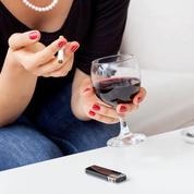 Risque de cancer: à combien de cigarettes correspond un verre de vin?