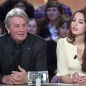Anouchka Delon sera l'exécutrice testamentaire de son père