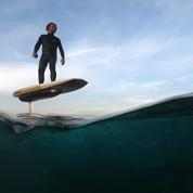 Cet été, offrez-vous une planche de surf électrique et «volante»