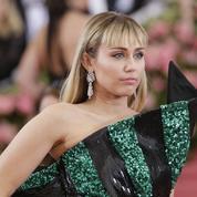 «Pas touche à ma liberté», prévient Miley Cyrus après son agression sexuelle à Barcelone