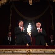 Vladimir Poutine et Xi Jinping font bande à part à Moscou