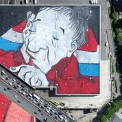 À Paris, un toit accueille la plus grande fresque de street art d'Europe