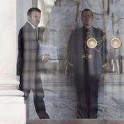 Emmanuel Macron veut façonner une administration à sa main