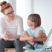 Les mères au foyer devraient gagner cinq SMIC mensuels, selon une étude