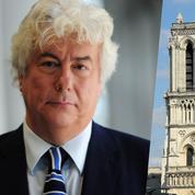 Ken Follett reversera 100.000 dollars et tous les bénéfices de son livre hommage à Notre-Dame