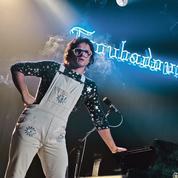 Le biopic sur Elton John censuré aux Samoa pour ses scènes d'amour homosexuel