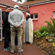 Comment l'État mène la lutte contre les mosquées radicales