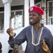Ouganda: Bobi Wine, un jeune chanteur contre un vieux président