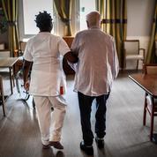 EHPAD: comment signaler un cas de maltraitance d'une personne âgée?