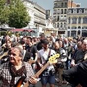 Johnny Hallyday: 379 guitaristes à l'unisson pour l'anniversaire du taulier