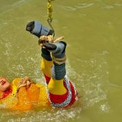 Après un tour raté, le corps d'un magicien indien repêché dans le Gange
