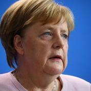 Angela Merkel gênée à Bruxelles par la fragilité de la GroKo