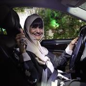 Un an après, une minorité de Saoudiennes conduisent leur voiture