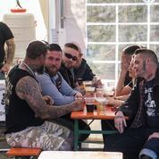 Pour empêcher la tenue d'un festival néonazi, ils achètent tout le stock de bières