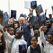Écriture inclusive, orthographe SMS, anglais... La langue française fait de la résistance