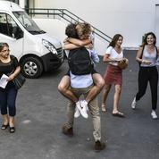 Danses de la joie, blagues, moqueries: les nouveaux bacheliers se lâchent sur Twitter