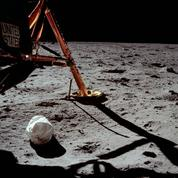 Apollo 11: la première photo prise sur le Lune est celle... d'un sac-poubelle