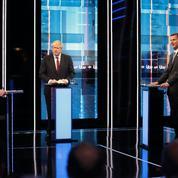 Boris Johnson et Jeremy Hunt s'affrontent sur la date du Brexit
