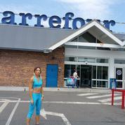 Étampes: une femme fait ses courses en tenue de sport, elle est sommée de se couvrir
