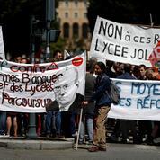 François d'Orcival: «Les syndicats d'enseignants au piquet»