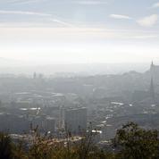 Clermont-Ferrand: deux jeunes femmes jugées pour un projet d'attentat