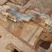 Découverte d'une grande mosaïque romaine dans le centre-ville de Poitiers