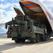 Les États-Unis excluent la Turquie du programme d'avions de chasse F-35