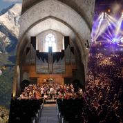 Un opéra face aux Alpes, du rock les pieds dans l'eau et l'autre cité du théâtre... Nos conseils festivals de l'été