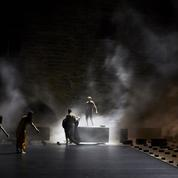 Au Festival d'Avignon, des ballets entre confusion et poésie de l'imprévu