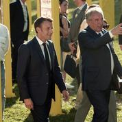 Le couple Macron-Bayrou fait étape sur le Tour de France