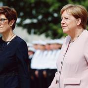 Allemagne: le pari risqué d'AKK à la Défense