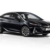 Toyota Prius PHEV, désormais disponible en 5 places