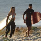 La Source: initiation au surf réussie pour Sneazzy