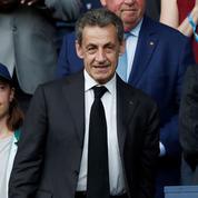Nicolas Sarkozy a vendu 213.000 exemplaires de son livre Passions en seulement un mois
