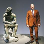 «Plus vous êtes blessé, plus vous devenez fort»: à Rome, Kevin Spacey se défend en poésie