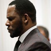 R. Kelly désormais accusé d'avoir offert de l'argent à une mineure à des fins sexuelles