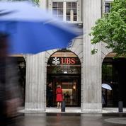 Une première banque française va taxer les dépôts de ses clients aisés