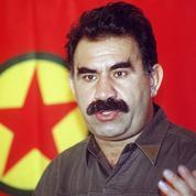 En Turquie, Öcalan se dit prêt à mettre fin au conflit