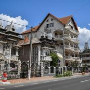 La revanche des roms de Roumanie s'affiche dans leurs «palais» mégalomaniaques