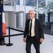 Selon la droite, le pouvoir exécutif va entrer dans une «période dure»