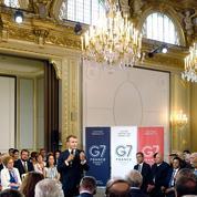 Face à Macron, les grands patrons s'engagent contre les inégalités et pour l'environnement