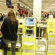 Grande distribution: les caisses automatiques gagnent toujours plus de terrain