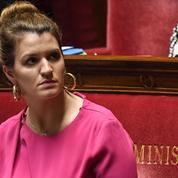 Banderoles homophobes: Marlène Schiappa félicite l'arbitre d'avoir «interrompu le match»