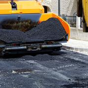 Avec la pénurie de bitume, les acteurs de la route redoutent l'arrêt de chantiers