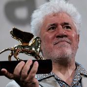 Mostra 2019: ému, Almodovar reçoit un Lion d'Or qu'il qualifie d'«acte de justice poétique»