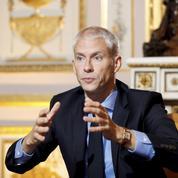 Télévision: Franck Riester présente les nouvelles règles du jeu