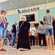 Les passagers d'Aigle Azur, naufragés après l'arrêt des vols